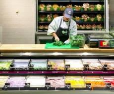 """קצבית ירקות בפעולה - הו, העצלנות: בניו יורק נפתח """"איטליז"""" לירקות"""