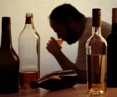 אילוסטרציה - בית הדין: התמכרות לאלכוהול - סיבה לגירושין