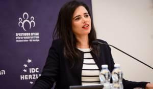 איילת שקד מציגה יעד: להשתלט על הרבנות