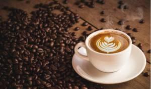 מחקר: 3-4 כוסות קפה ביום דווקא יכולים להועיל