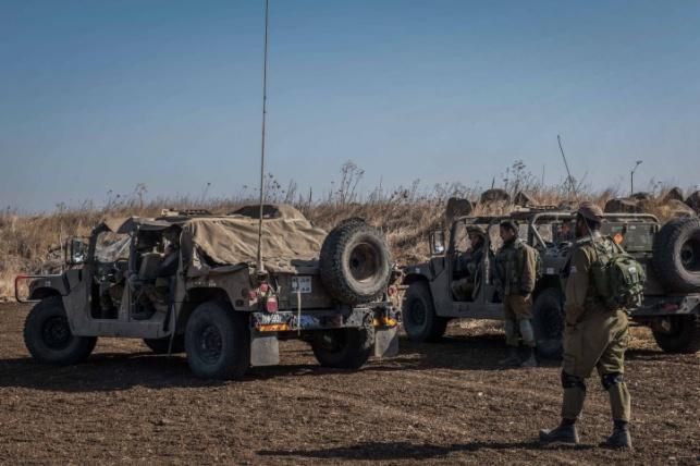 """חייל צה""""ל בגבול סוריה"""