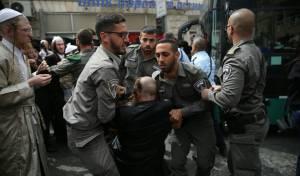 נתיחת התינוק: הפגנות סוערות בירושלים