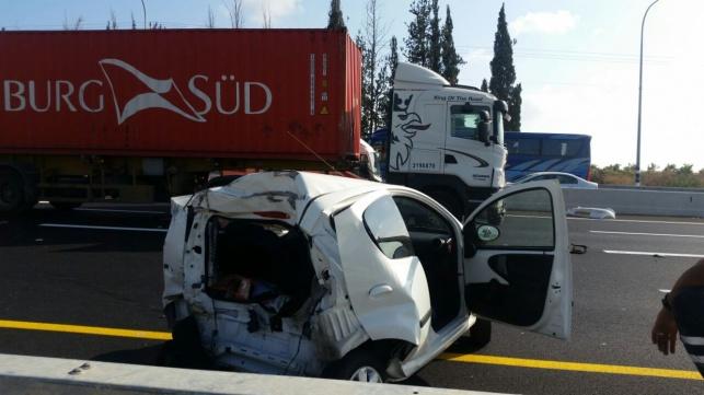 כביש 7: נהג נפצע קשה בתאונה