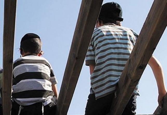 אלעד: בן 10 נפל מגובה ונפצע קשה