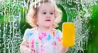 שמונה טיפים: כך תגרמו לילדים לעזור בבית