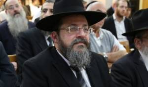 """מועמד ש""""ס הרב אליהו בר שלום - המועמד המוביל: 'לא בוחרים רב לפי ההלכה'"""