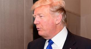 "דונלד טראמפ - ג'יימס קומי: ""טראמפ לא כשיר לנשיאות"""