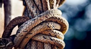 הרב שלום קרומבי: איך יוצרים קשר זוגי נכון