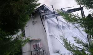 שלושה פצועים בשריפה בבית במושב יגל