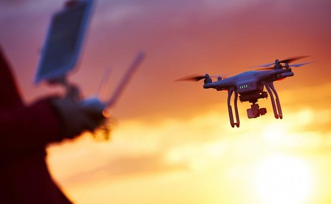 ויראלי ברשת: האיש שהפך את הרחפן למטוס פרטי