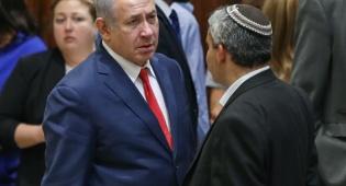 השר אלקען וראש הממשלה במליאת הכנסת