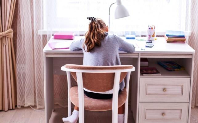 החדר צריך להיות סביבה מזמינה לשיעורי בית