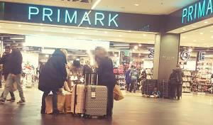 חנות של הרשת בדרזדן, גרמניה - המשפחה המודאגת משחזרת: קניות ומעצר