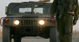 """אילוסטרציה - חייל צה""""ל נהרג בהתהפכות האמר; 3 נפצעו"""