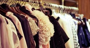 מה הופך צעירה בת 20 למעצבת אופנה?