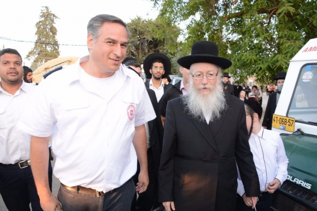 """שר הבריאות הרב יעקב ליצמן סייר בחפ""""ק המרכזי של מד""""א במירון"""