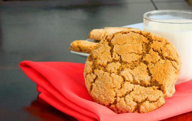 עוגיות חמאת בוטנים רכות ועסיסיות - ללא גלוטן