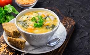 מרק ירקות עשיר שמתאים בול לחורף הסוער