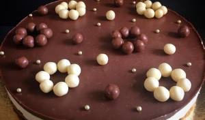 עוגת קרמבו תלת שכבתית