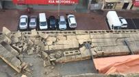 גג קרס ברמת גן - הסופה בעיצומה: רוחות אדירות גרמו לנזק וחסימת כבישים