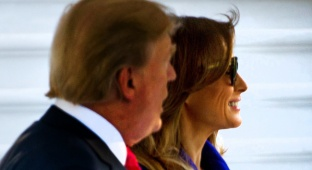 הגברת הראשונה והנשיא טראמפ - מה כתב היד של מלניה טראמפ אומר עליה?