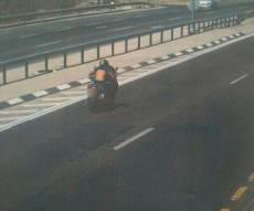 נתפס רוכב אופנוע שביצע עבירות חמורות