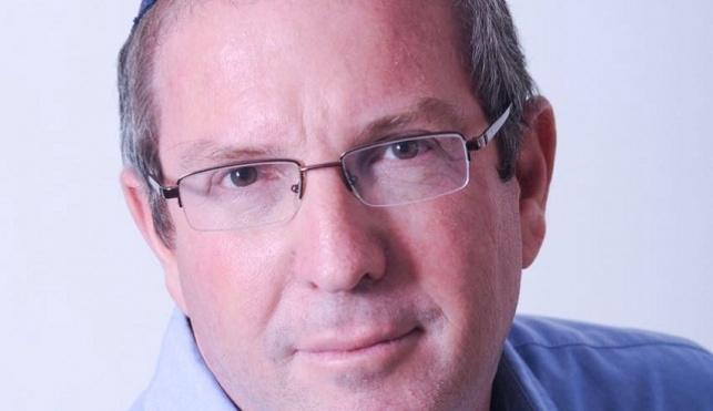 """מנכ""""ל משרד הדתות מסרב להשעות החשודים"""