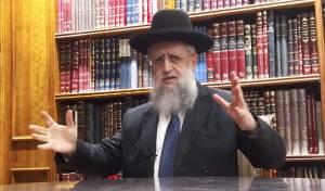 חבר ה'מועצת': חובה לסגור את בתי הכנסת