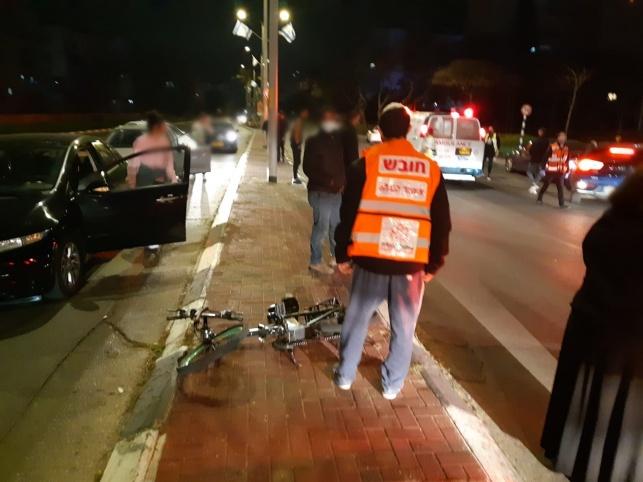 גבר בן 50 רכב על אופניים חשמליים ונהרג
