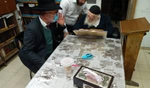 """הרב אקשטיין בהתייעצות אצל שה""""ת במהלך ימי הקורונה"""