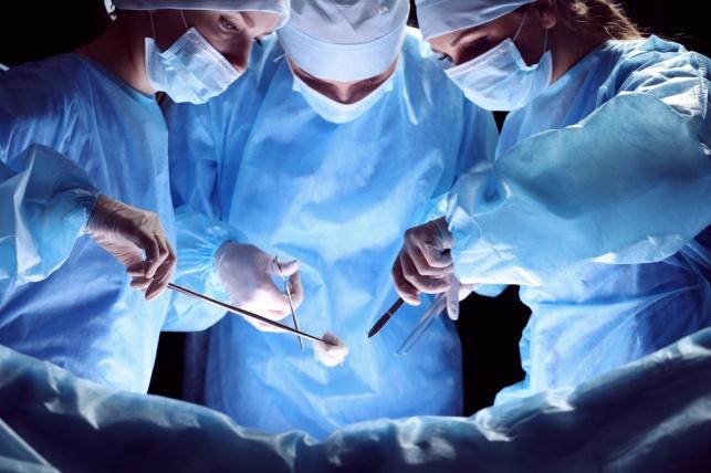 ניתוח מורכב: הלסת שוחזרה עם עצם מהרגל