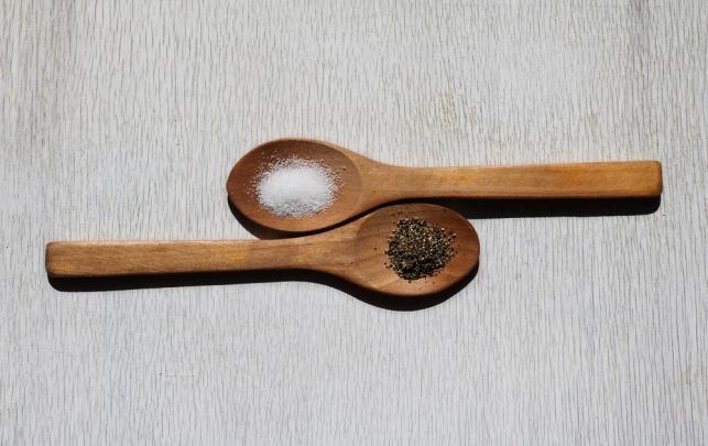 מלח ופלפל: התבלינים שישנו את הדרך שבה אתם מכבסים