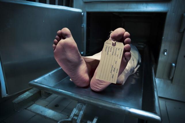 השיכור שהוכרז כמת התעורר לפתע במקרר
