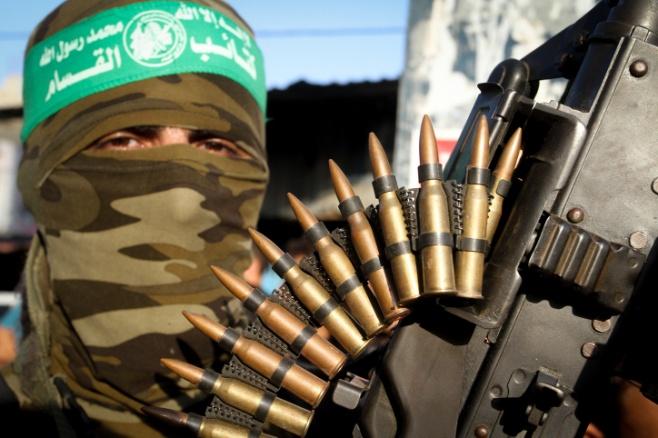 המצעד הצבאי של החמאס נגד ישראל. צפו