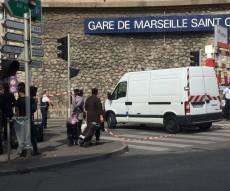 דיווח מזירת הפיגוע - טרור בצרפת: צעק 'אללה אכבר' ורצח שניים