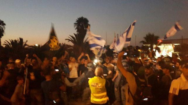 עימותים בין ערבים ליהודים בכניסה לאשקלון