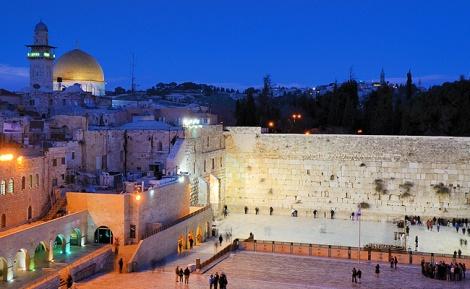 הכותל המערבי - דיווח: הרשות הפלסטינית נגד השינויים בכותל