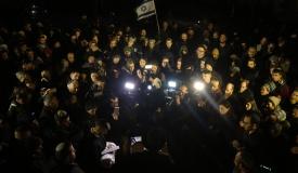 """המונים בהלויית הפעוט שנרצח בפיגוע: """"זכה לקיים מצוות"""""""