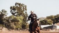 צפו: חסיד הגיע למקום השני בתחרות סוסים