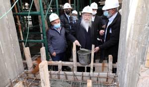 ליצמן יצק את ריצפת בית הכנסת העתיק
