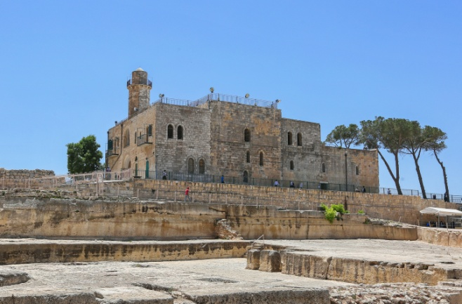 סיור בקבר שמואל הנביא בעדשת המצלמה