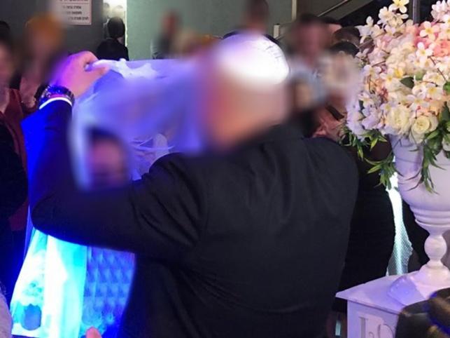 תִתְחַתֵּן בָּם. החופה בחתונה המרגשת