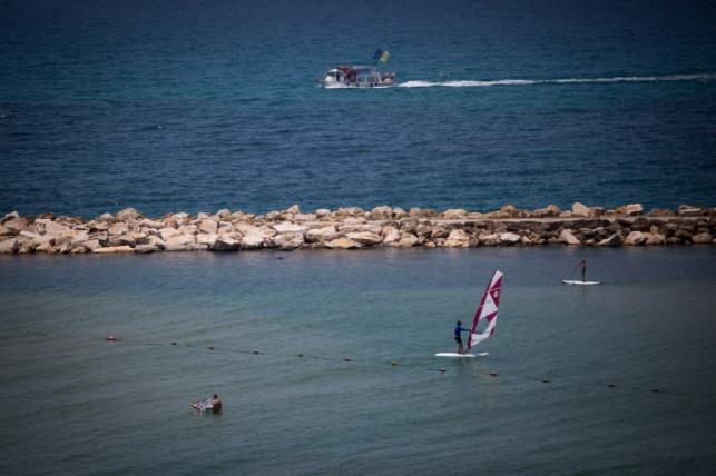 הים בתל אביב, אתמול