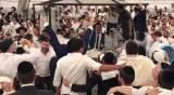 """צולם ע""""י גוי: רגע השיא מראש השנה באומן"""