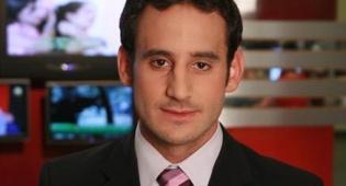 גלעד שלמור - העיתונאי גלעד שלמור הותקף ונפצע באורח קל