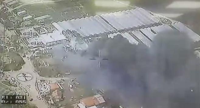 השריפה במחסן הזיקוקים: תיעוד מהמסוק