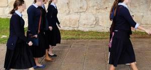 הורים לבנות סמינר חוששים מירידה רוחנית