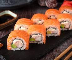תברחו ממנו.. סושי עם דג - לאכול במסעדה - יכול להיות גם מסוכן