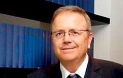 """עו""""ד דניאל ארנסט - שופט בדימוס: """"עדיף שהשופטת תתפטר"""""""