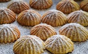 מעמולים - עוגיות מבצק פריך הממולאות בתמרים